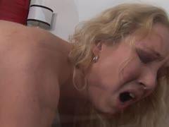 filme blondine megatitten will hart ficken