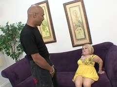 Frauen nackt kleinwügsige Perverser Fick