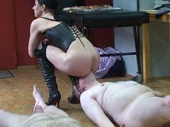 Lesbian ass eating